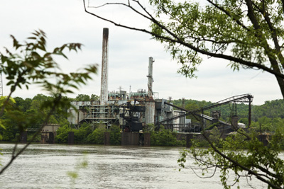 The Horsehead Corp.'s zinc smelting plant on the Ohio River.