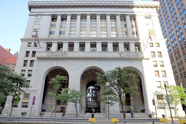 The City-County Building, on Grant Street, in Downtown Pittsburgh. The city and county are taking different directions in planning to heat Downtown buildings in the future. (Photo by Jay Manning/PublicSource)