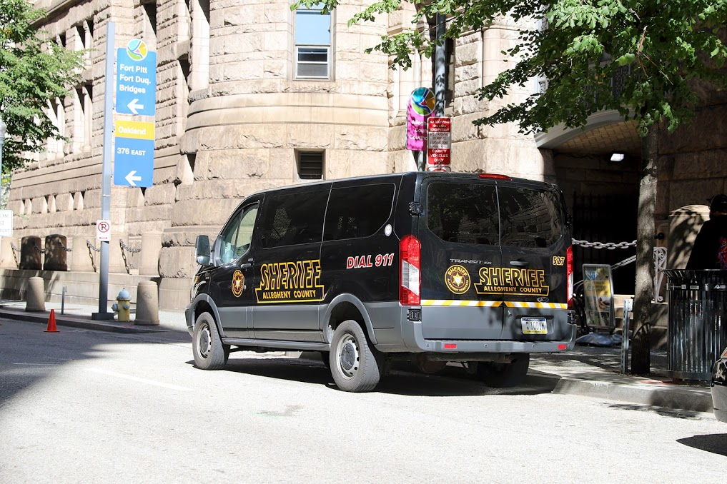 An Allegheny County Sheriff's Office van parked near the agency's headquarters at the Allegheny County Courthouse. (Photo by Jay Manning/PublicSource)