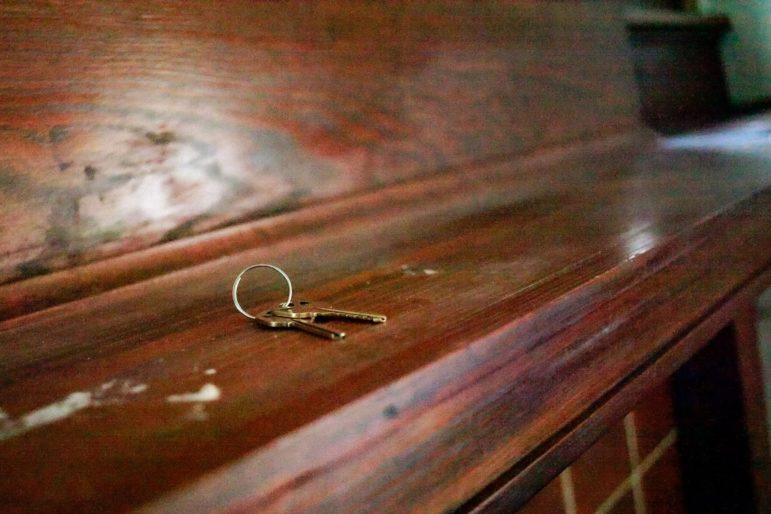 Keys left on the mantle of the rental house Linda Robinson moved out of in early 2020. (Photo by Kimberly Rowen/PublicSource)